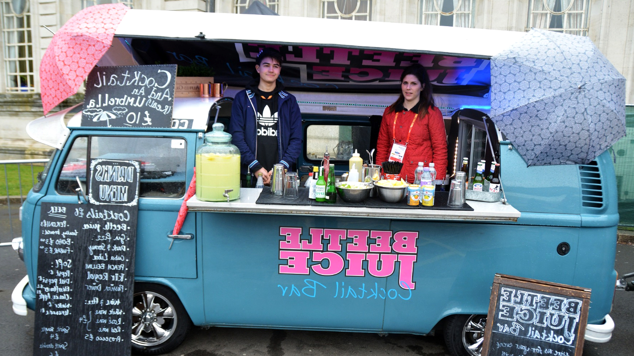 How To Start A Food Truck – 12 Pro Tips To Success in 2020